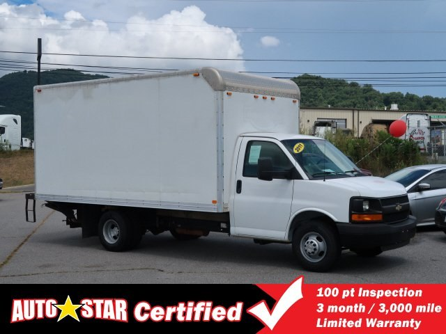 Pre-Owned 2011 Chevrolet Express Cutaway Work Van