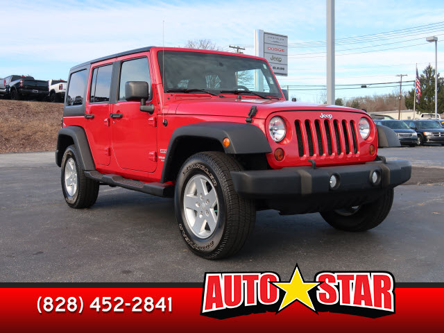 Pre-Owned 2011 JEEP WRANGLER UNLIMITED Unlimited Sport